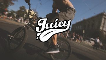 I am RED & Juicy Truck | Streetparade 2015